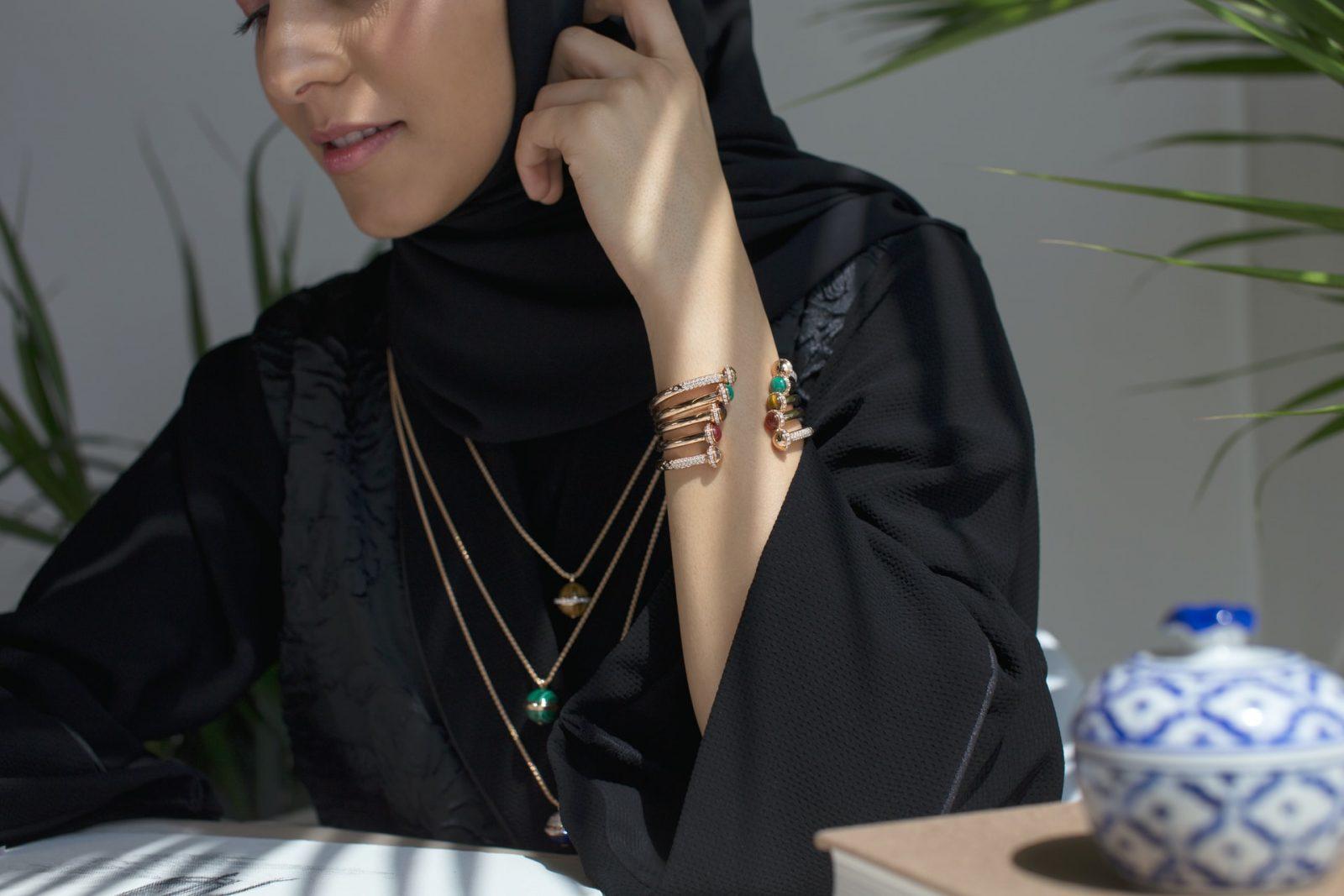 אישה בדובאי