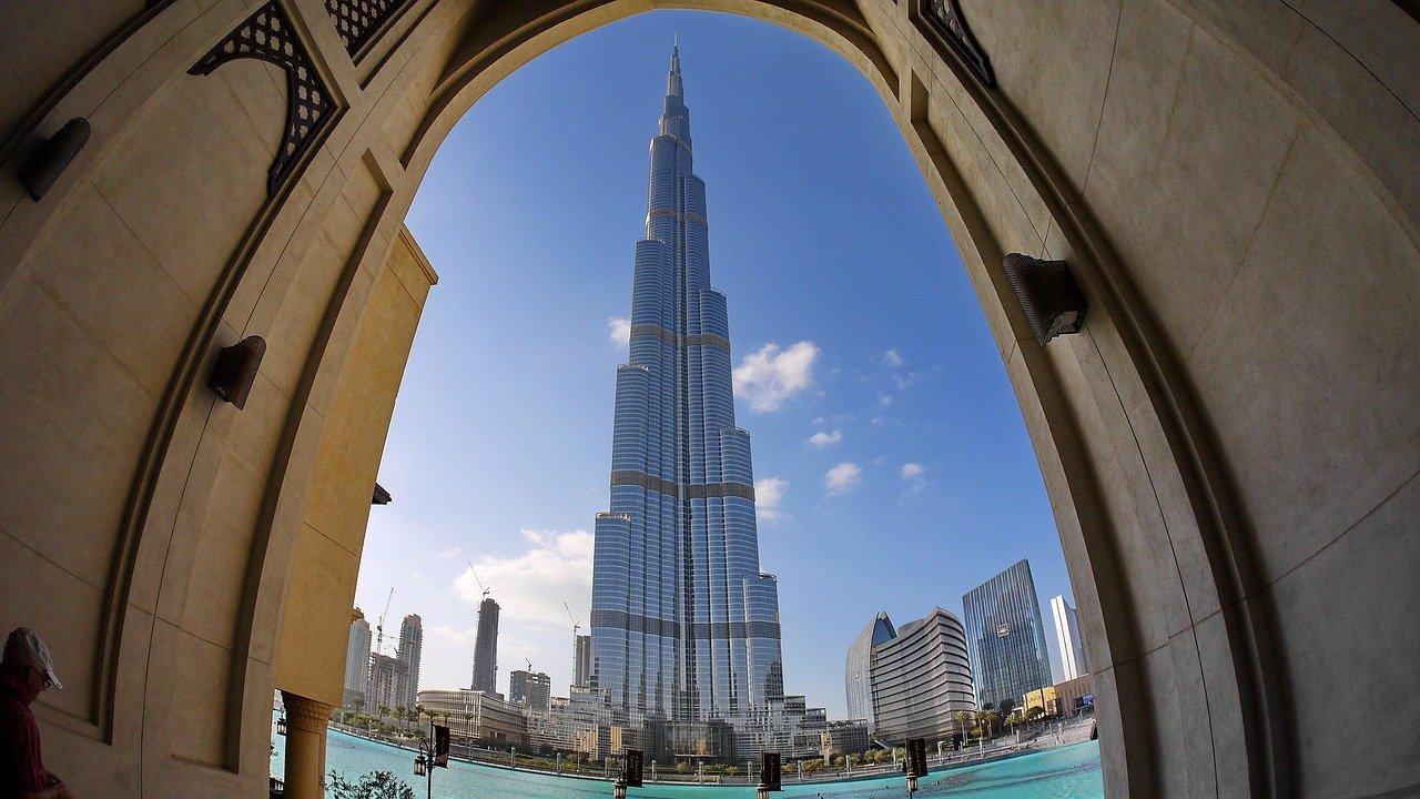 הבניין הגובה בעולם בורג' חליפה